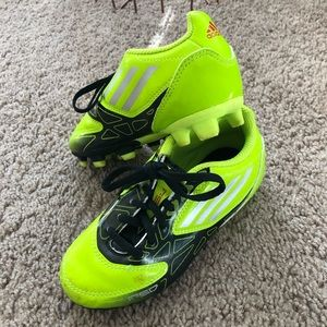 Adidas Cleats Solar yellow soccer shoes 🥅⚽️